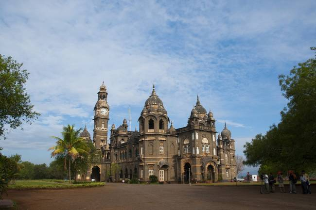 Relishing The Spiritual Aspect Of Kolhapur Tourism: 5 Places You Must Visit