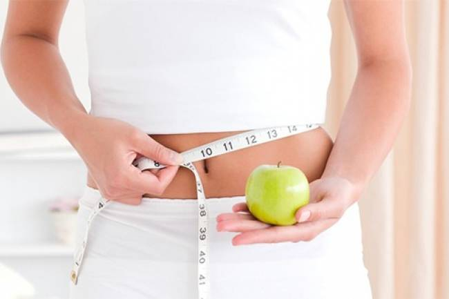 Why is it better to consult a dietitian for weight loss