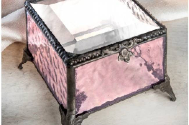 Make The Next Gift You Give A Jewelry Box from J Devlin Glass Art