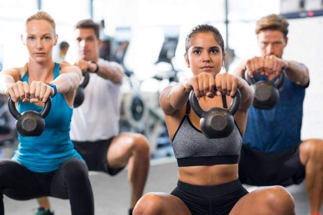 What Are the Benefits of Enrolling in a Fitness Class?