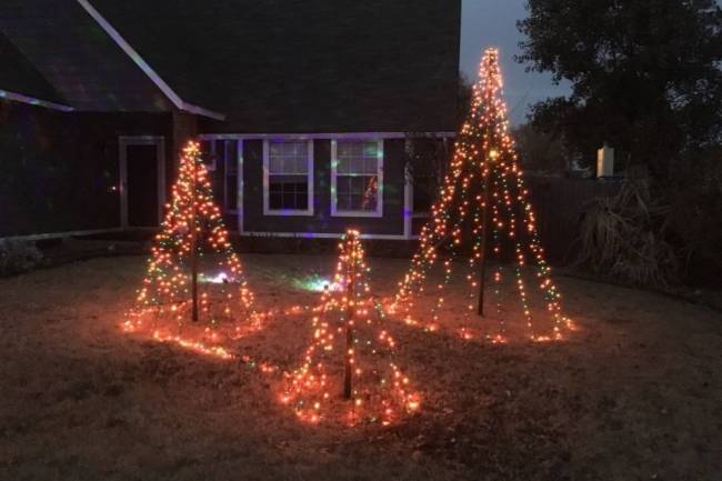 Tips To Celebrate Christmas Without Leaving The House
