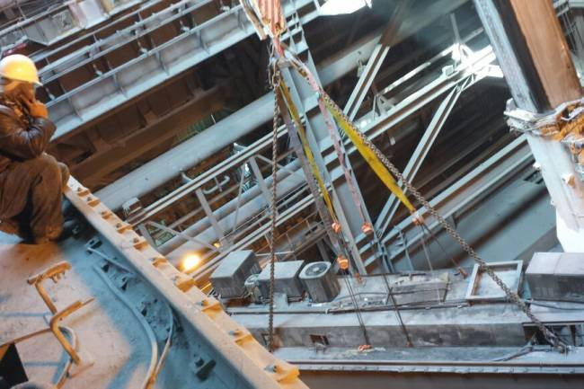 Importance of Installation of Crane and Commissioning