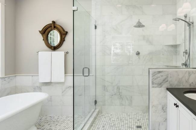 Top 5 Bathroom Remodeling Tips For A Small Bathroom