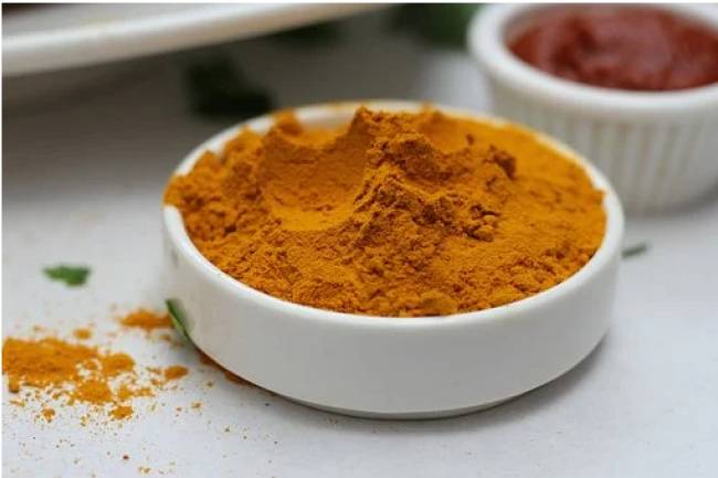 Turmeric Powder for Skin: 7 Benefits and How it is Important for Your Skin