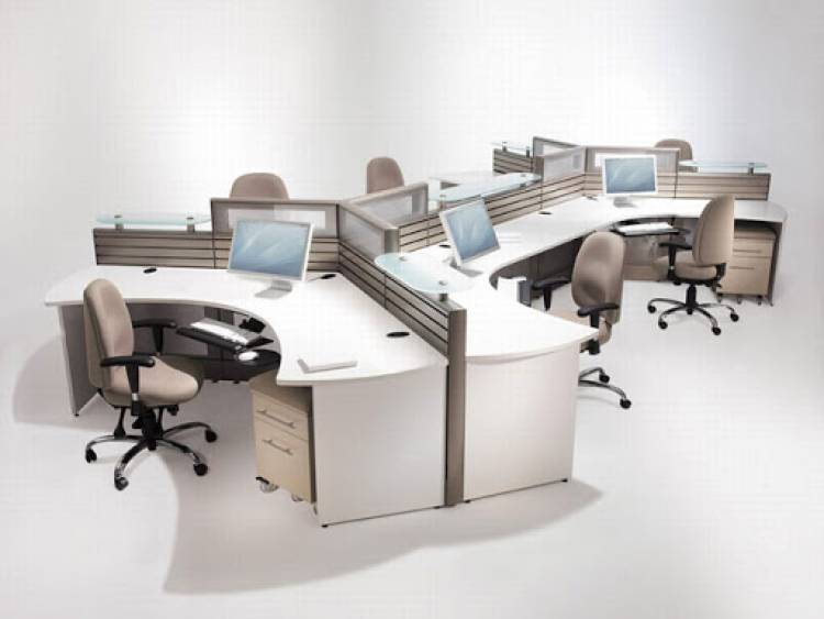 Create Ergonomics and Productivity with the Right Office Workstations