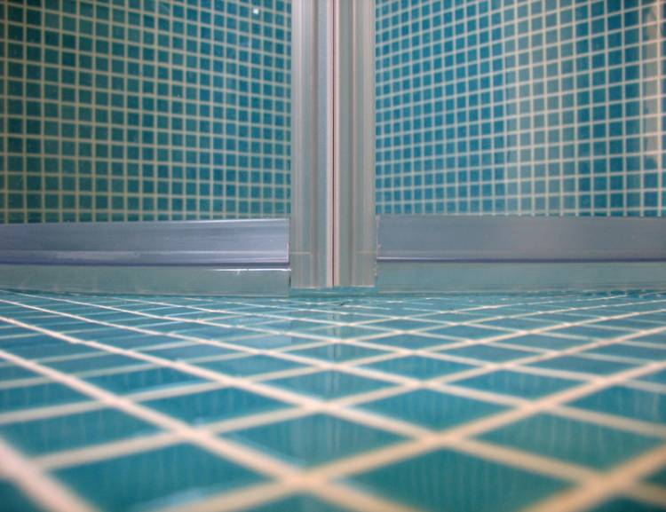 Use Anti-Slip Floor Tiles In The Bathroom
